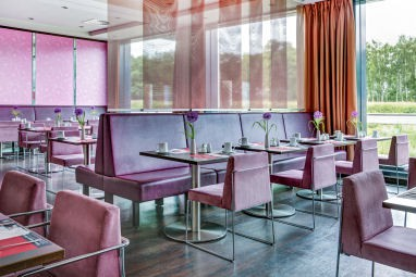 IntercityHotel Berlin-Brandenburg Airport: Restaurant