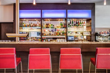 IntercityHotel Berlin-Brandenburg Airport: Bar/Lounge